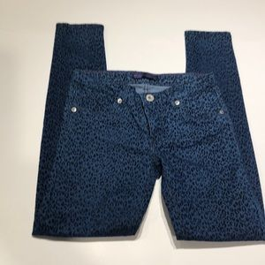 Girls Levis denim legging size 10&12 blue leopard